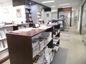 03-事務所内の様子